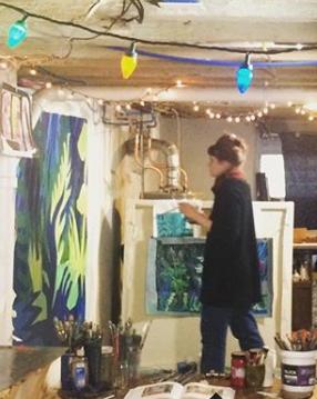 quinn in her studio